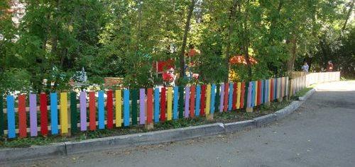 Штакетник деревянный для детской площадки