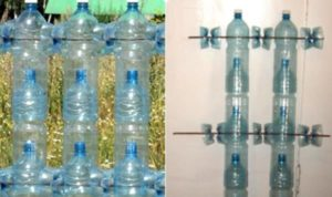 Обустройство забора из пластиковых бутылок на проволке
